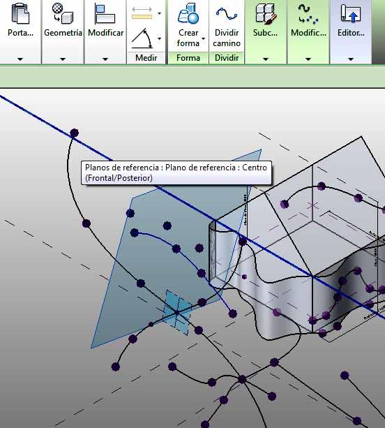 Spline aplicada a un plano de un Punto de referencia alojado en otra spline