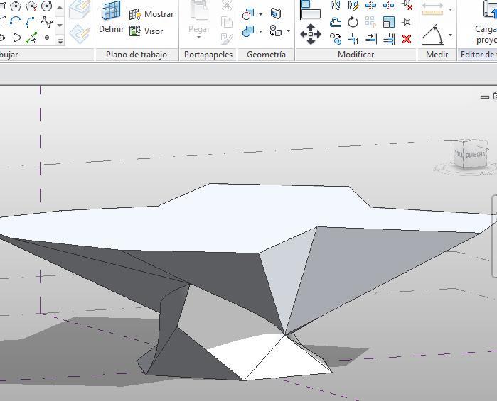 Forma con Borde-arista añadido que crea dos planos nuevos en la base de la misma